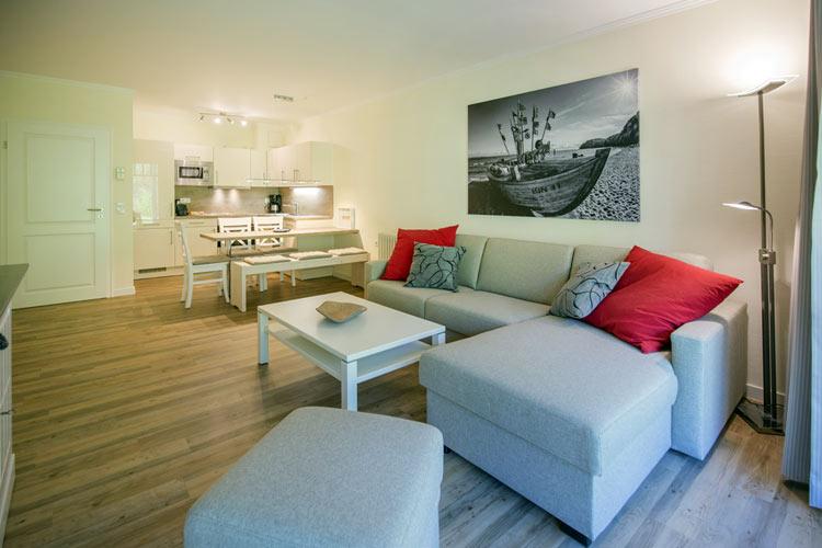 Ruegen-Binz-Ferienwohnung-273-03-Wohnzimmer