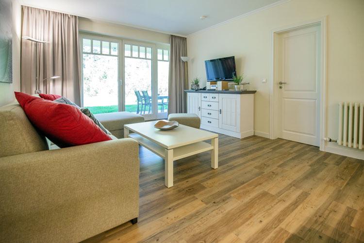 Ruegen-Binz-Ferienwohnung-273-04-Wohnzimmer