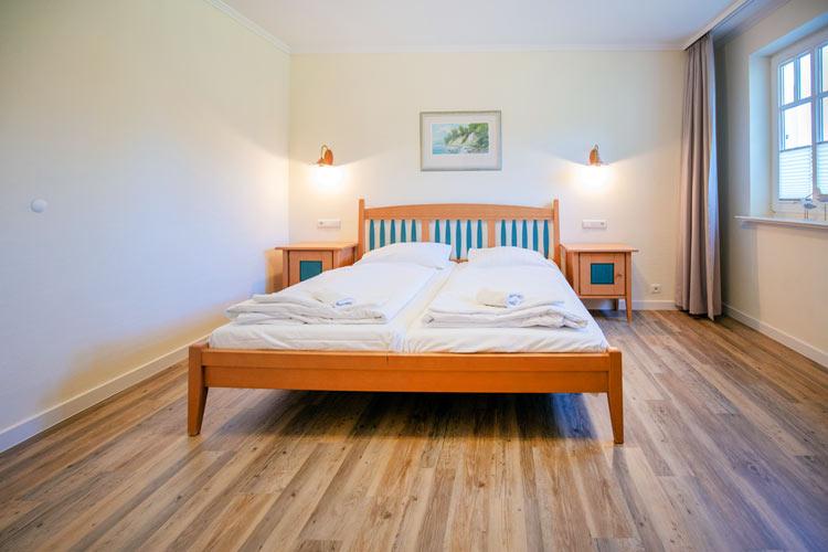Ruegen-Binz-Ferienwohnung-273-09-Schlafzimmer