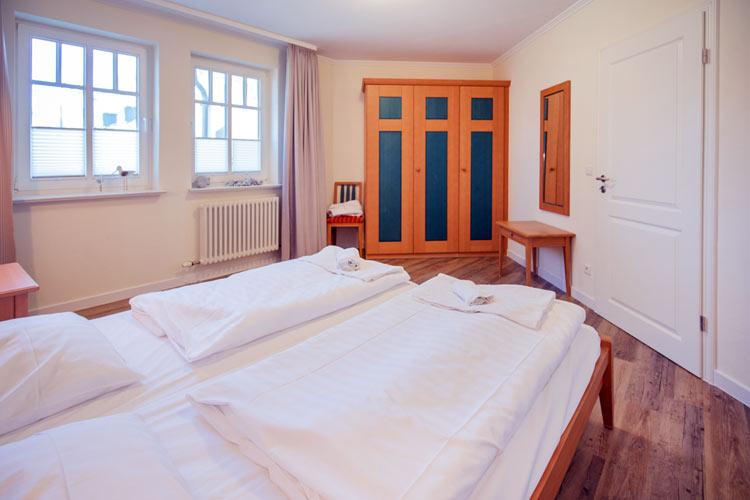 Ruegen-Binz-Ferienwohnung-273-10-Schlafzimmer